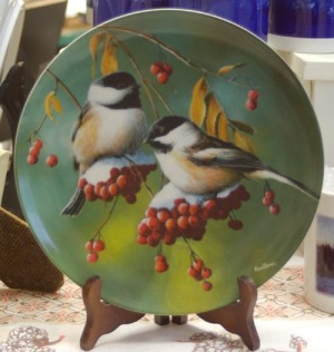 photo of collector chickadee plate